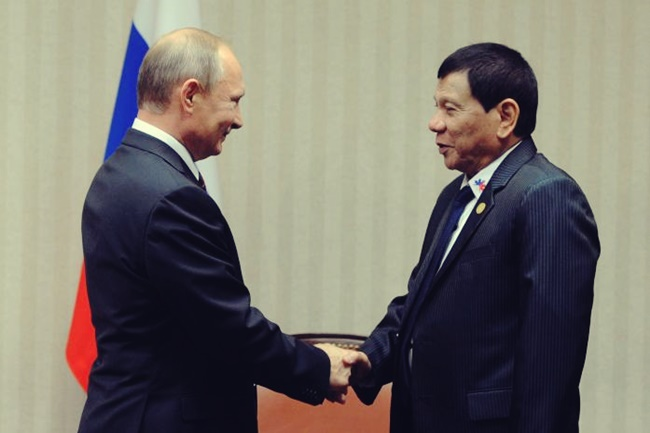 Russian President Putin and Philippine President Duterte attend meeting on sidelines of APEC Summit in Lima