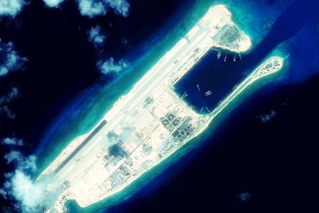 150925-fiery-cross-reef-mn-1020_ded9434e52335205af4f5f2ea79ed1ca-nbcnews-fp-1200-800