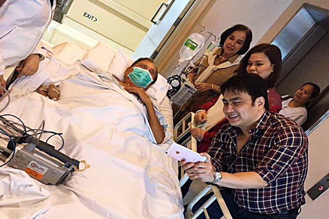 BONG REVILLA FATHER IN HOSPITAL