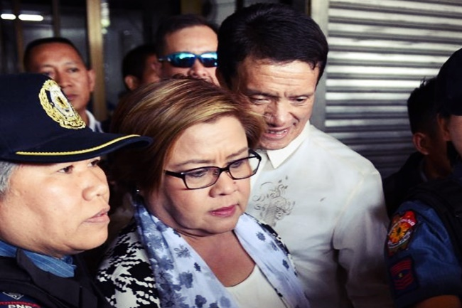 DE LIMA AND FRIENDS