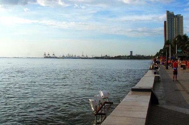 MANILA BAY MALINIS