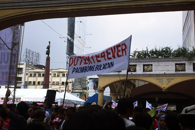 IN FRONT OF QUIAPO 2