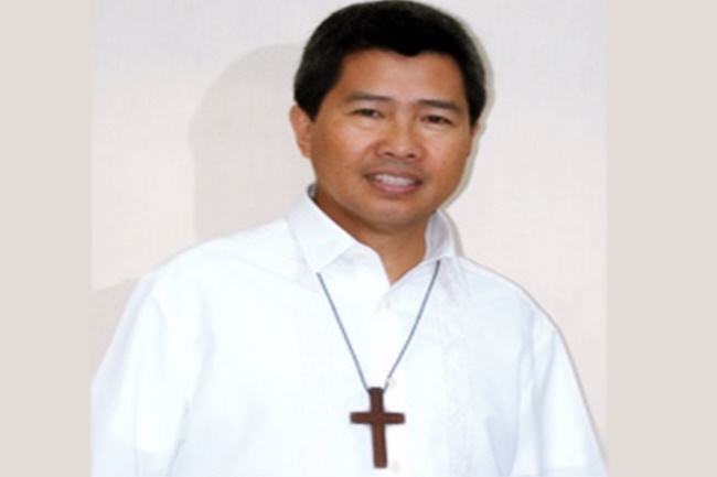 Legazpi City Bishop Joey Baylon