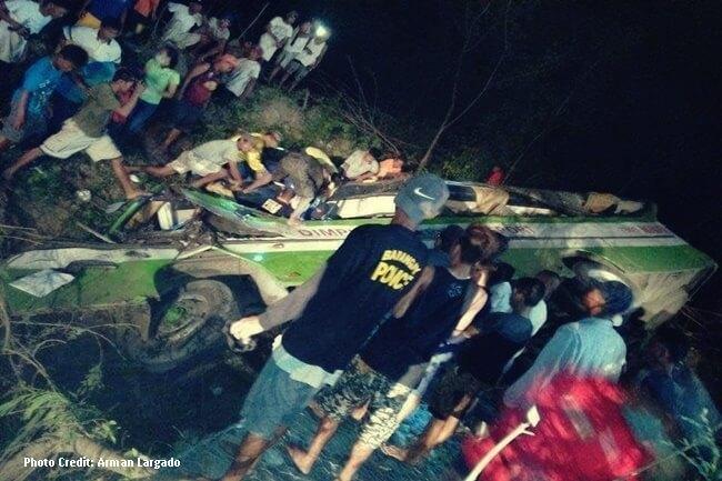 BUS ACCIDENT OCC MINDORO (1)