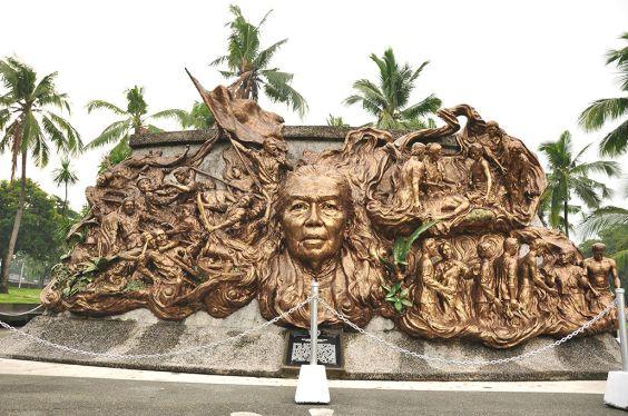 Tandang-Sora-monument