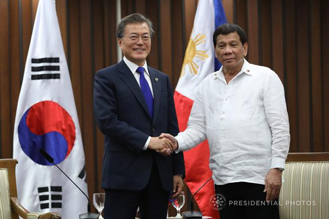 duterte-asean-korean-bilateral-meeting-korea-india-november-14-2017-034