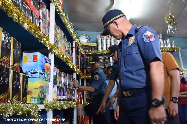 PNP chief Albayalde inspects firework stores in Bulacan
