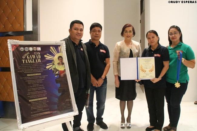 pilmirror award