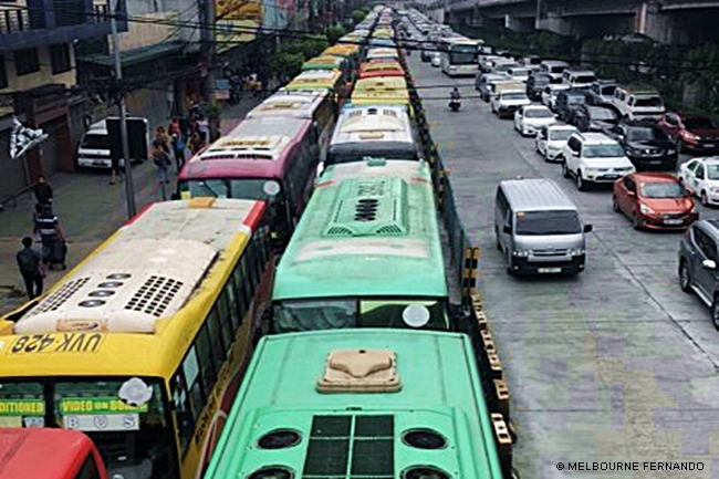 EDSA-BUS-YELLOW-LANE