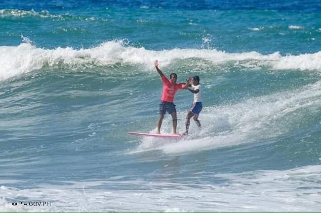 ROGER CASUGAY SURF