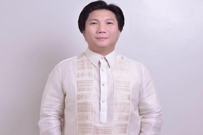 Mayor DIno Chua (2)