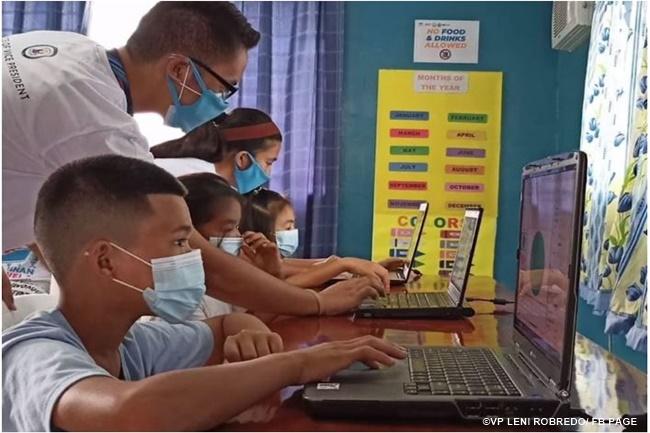 learning hub student children kid