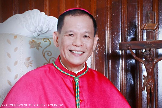 Capiz Archbishop Cardinal Jose Advincula