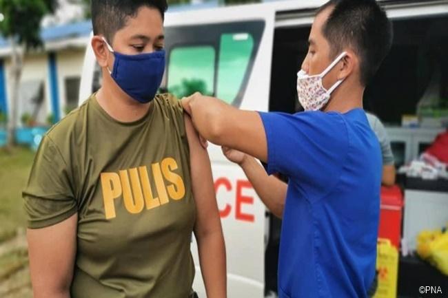 pnp bakuna vaccination pulis